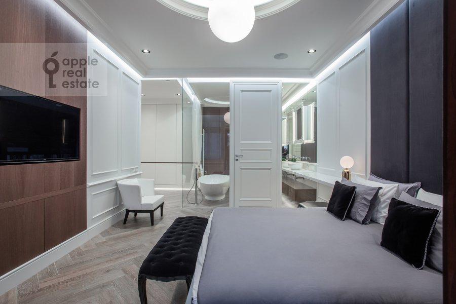 Bedroom of the 2-room apartment at Pogodinskaya ul. 4