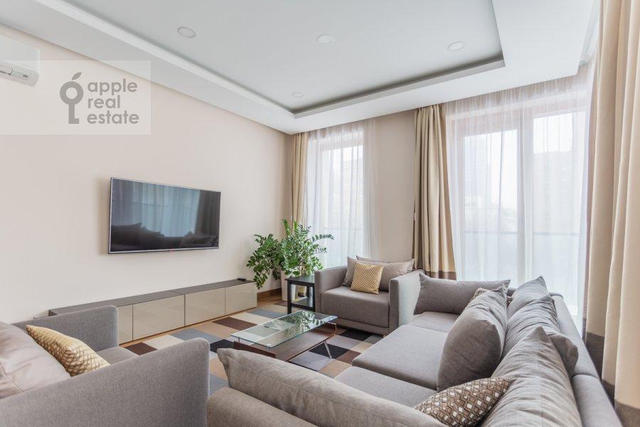 Гостиная в 4-комнатной квартире по адресу Смоленский 1-й пер. 21