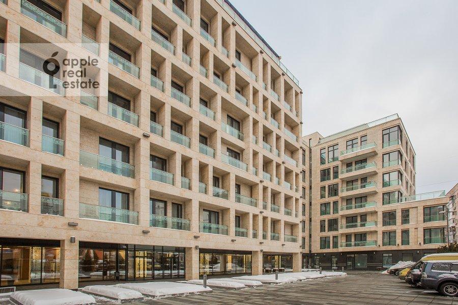 Фото дома 4-комнатной квартиры по адресу Смоленский 1-й пер. 21