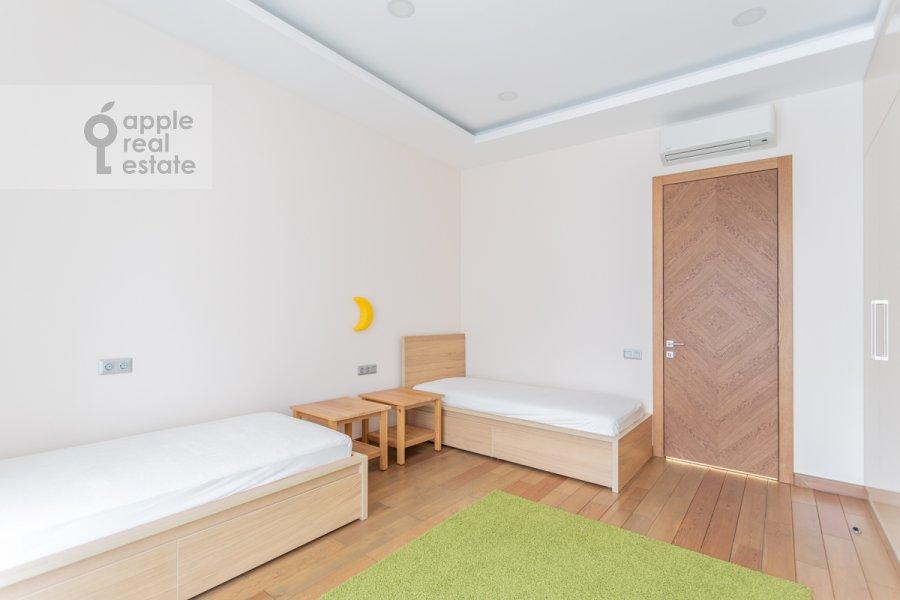 Детская комната / Кабинет в 4-комнатной квартире по адресу Смоленский 1-й пер. 21