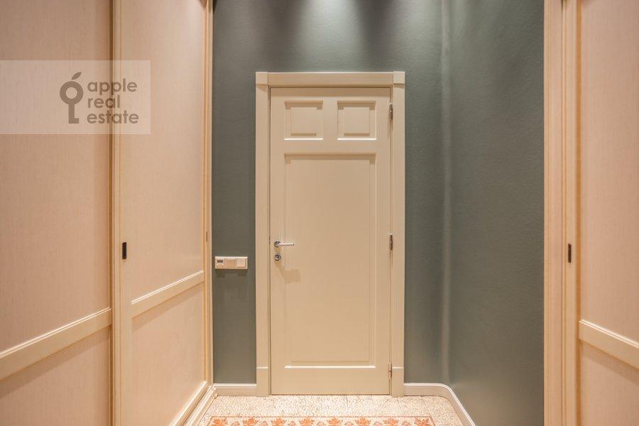 Walk-in closet / Laundry room / Storage room of the 4-room apartment at Sadovaya Bol'shaya ul. 10
