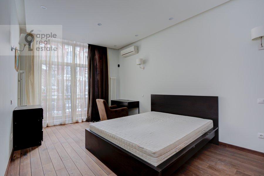 Bedroom of the 4-room apartment at Troitskaya ul. 5