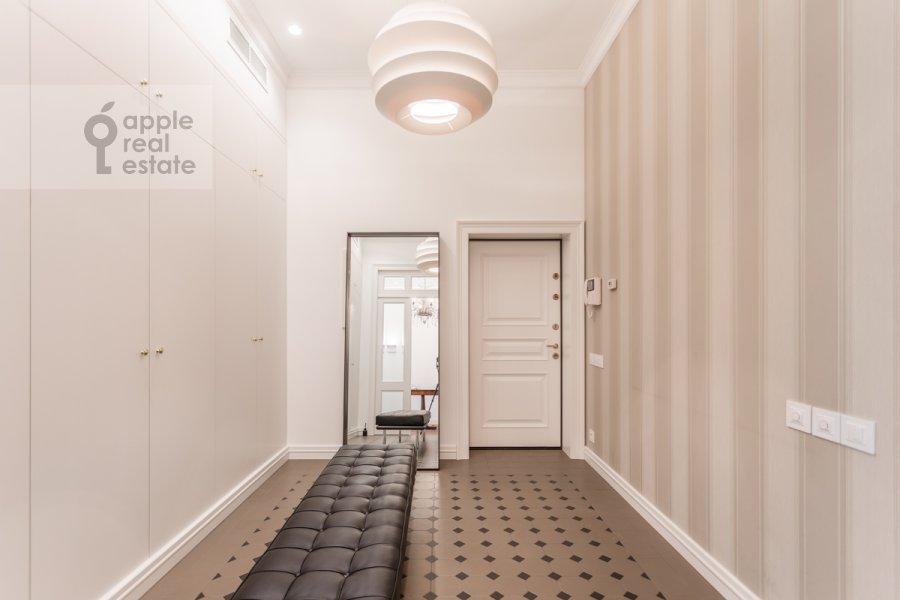 Коридор в 3-комнатной квартире по адресу Гоголевский бульвар 29