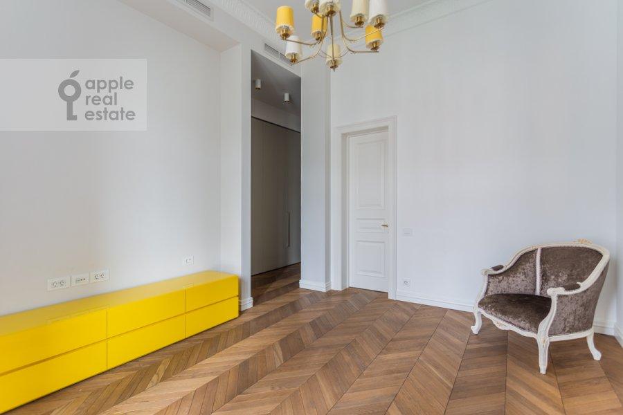Спальня в 3-комнатной квартире по адресу Гоголевский бульвар 29
