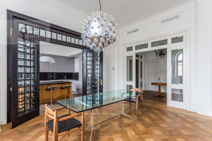Гостиная в 3-комнатной квартире по адресу Гоголевский бульвар 29