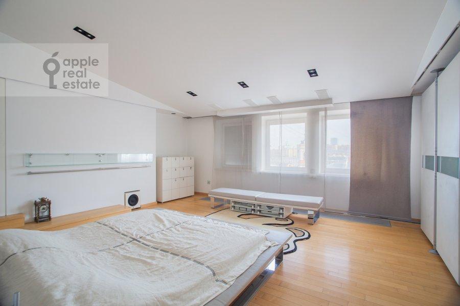 Bedroom of the 5-room apartment at Dolgorukovskaya ul. 38s1