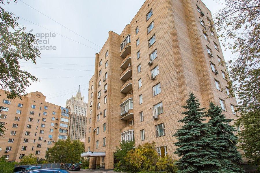 Фото дома 4-комнатной квартиры по адресу Плотников пер. 13