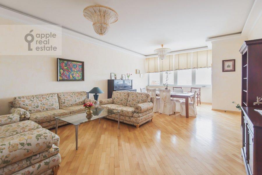 Living room of the 3-room apartment at Leninskiy  pr-t. 98k1