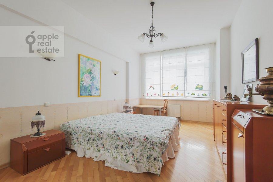 Bedroom of the 3-room apartment at Leninskiy  pr-t. 98k1