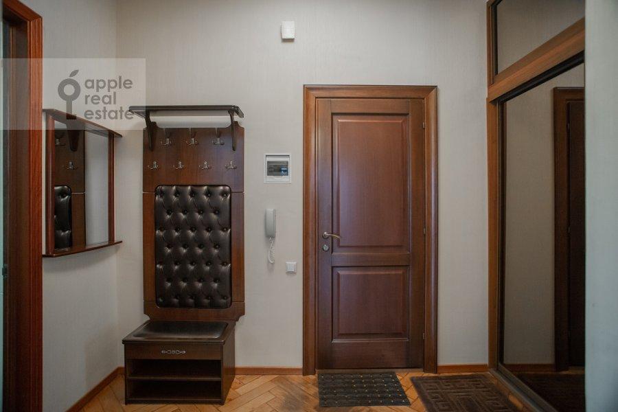 Коридор в 2-комнатной квартире по адресу Большая Ордынка 34/38