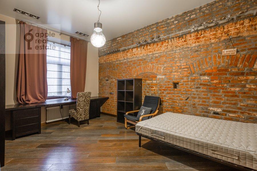 Детская комната / Кабинет в 4-комнатной квартире по адресу Сверчков пер. 10