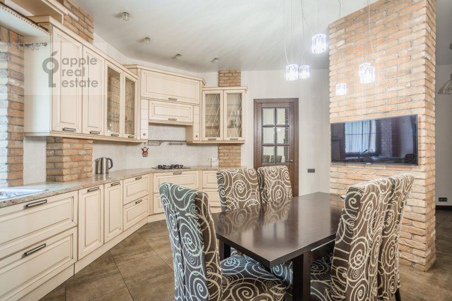 Кухня в 4-комнатной квартире по адресу Сверчков пер. 10