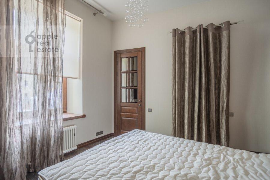 Спальня в 4-комнатной квартире по адресу Сверчков пер. 10