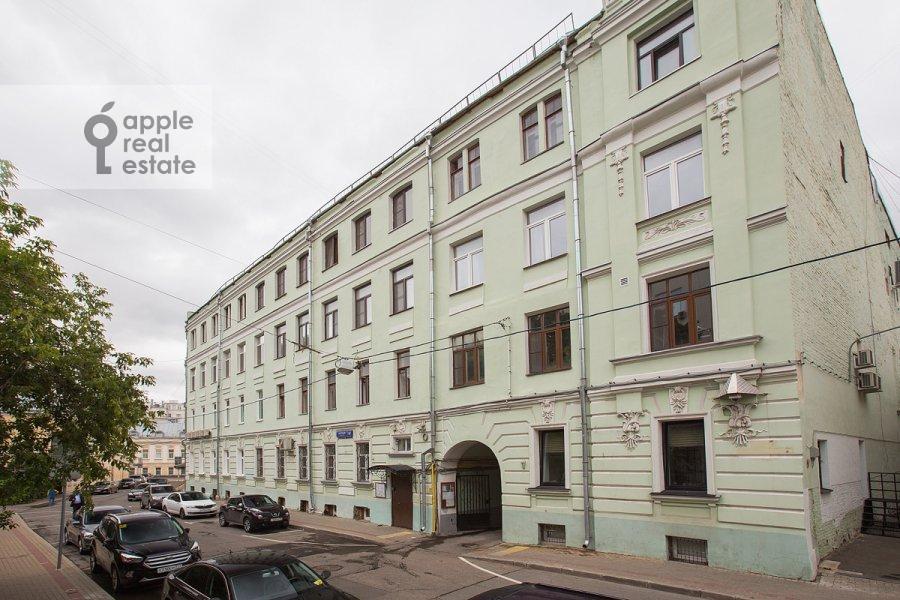 Фото дома 4-комнатной квартиры по адресу Сверчков пер. 10