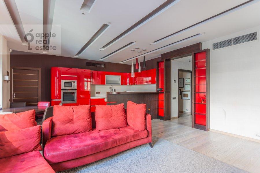 Гостиная в 5-комнатной квартире по адресу Академика Пилюгина ул. 22к1