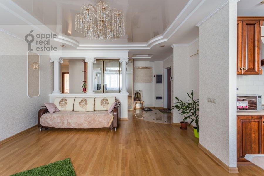 Living room of the 3-room apartment at 1-y Nagatinskiy proezd 11k1
