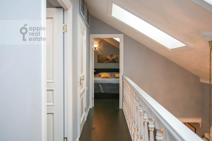Corridor of the 4-room apartment at Nashiokinskiy per. 5s5