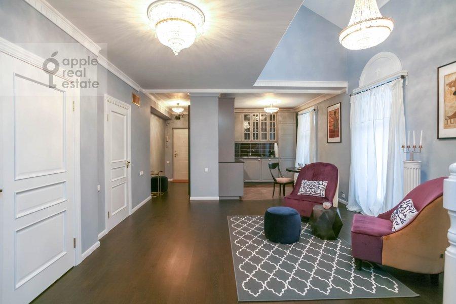 Living room of the 4-room apartment at Nashiokinskiy per. 5s5
