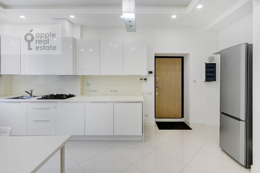 Кухня в 3-комнатной квартире по адресу Студенческая ул. 39