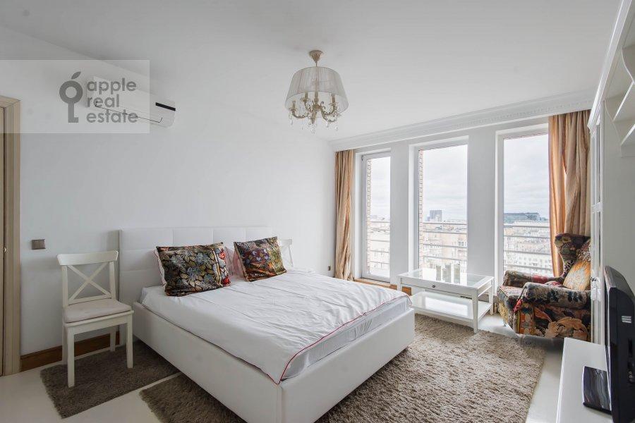 Спальня в 2-комнатной квартире по адресу Грузинская Большая ул. 37с2