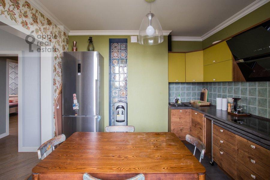 Кухня в 4-комнатной квартире по адресу Рублевское шоссе 18к3