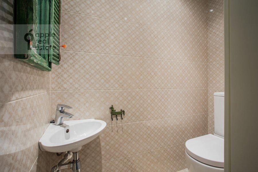 Санузел в 4-комнатной квартире по адресу Рублевское шоссе 18к3
