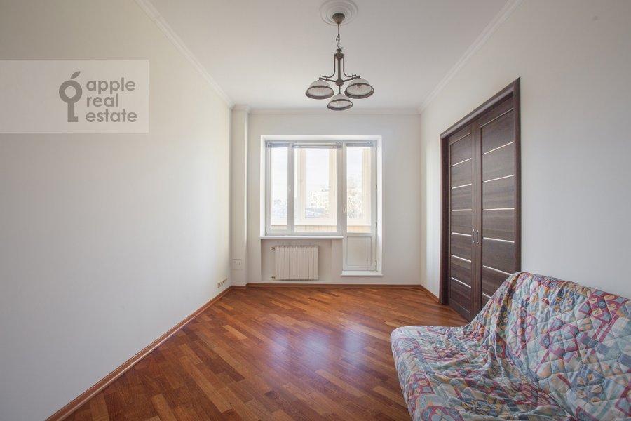 Bedroom of the 4-room apartment at Bol'shoy Koptevskiy proezd 10k2