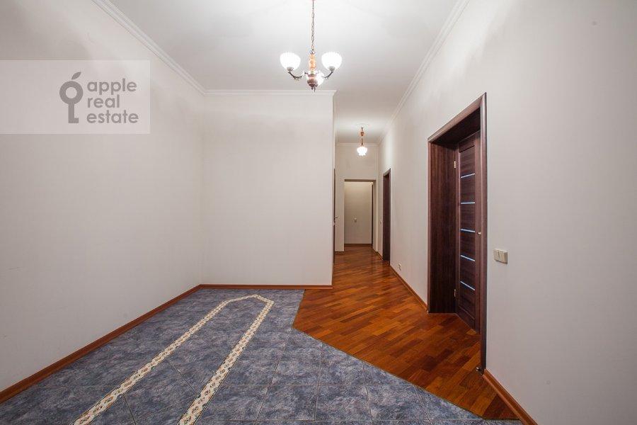 Corridor of the 4-room apartment at Bol'shoy Koptevskiy proezd 10k2