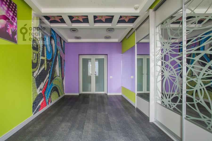 Детская комната / Кабинет в 5-комнатной квартире по адресу Мосфильмовская ул. 70к1