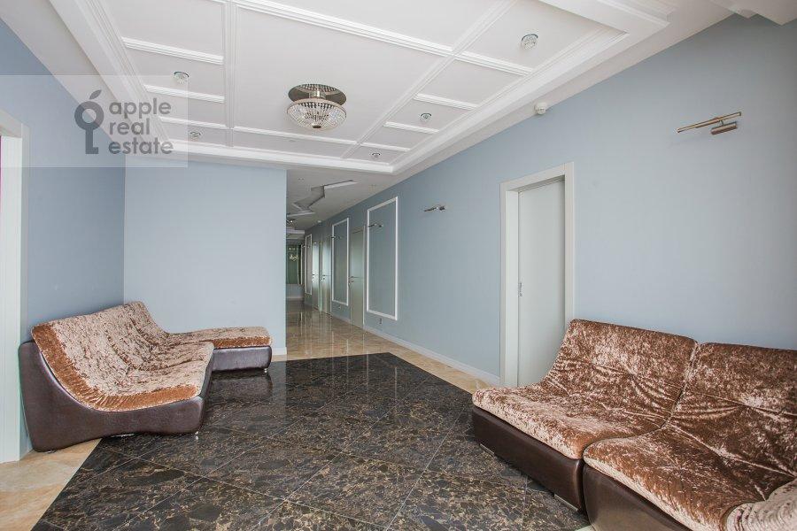 Гостиная в 5-комнатной квартире по адресу Мосфильмовская ул. 70к1