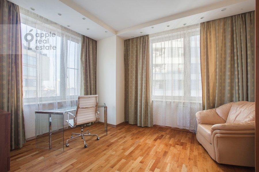 Детская комната / Кабинет в 4-комнатной квартире по адресу Шаболовка ул. 23к1