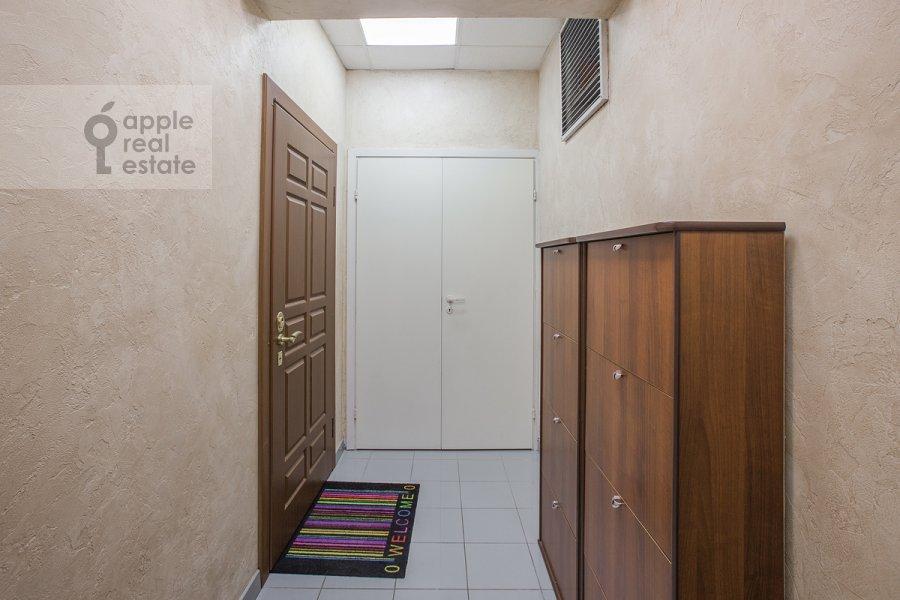 Коридор в 4-комнатной квартире по адресу Шаболовка ул. 23к1