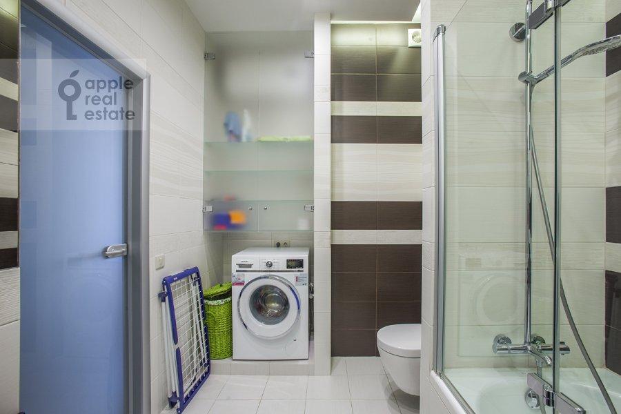 Bathroom of the 2-room apartment at Michurinskiy pr-kt 7