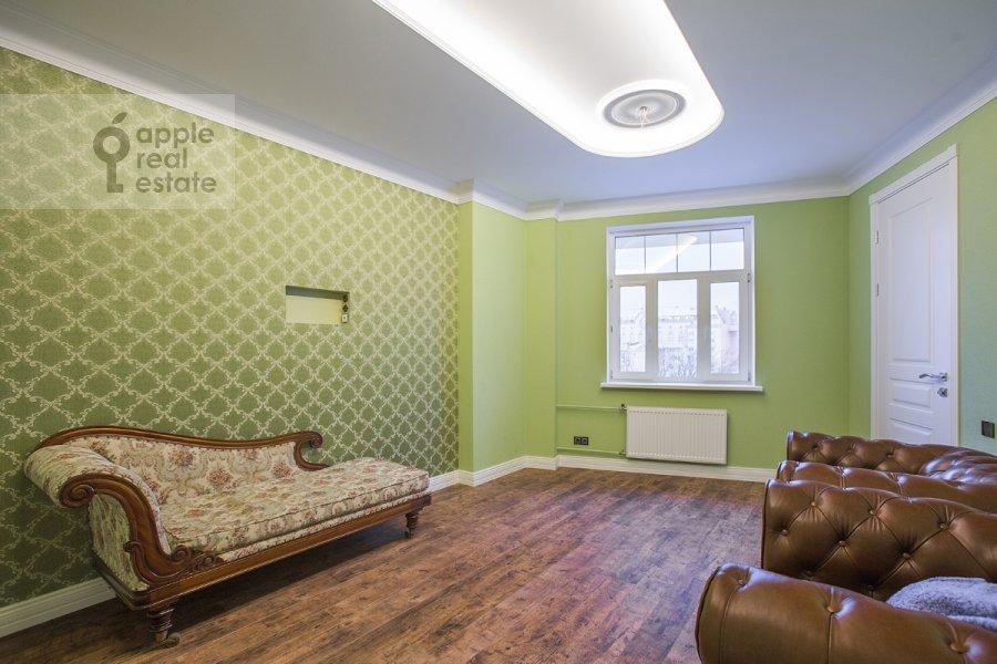 Children's room / Cabinet of the 5-room apartment at Tsvetnoy bul'var 13s2