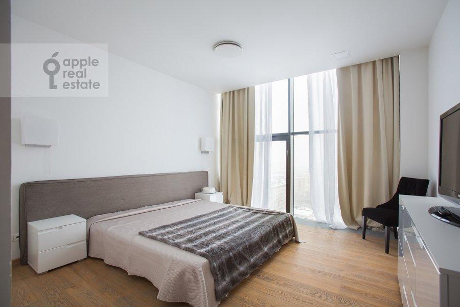 Bedroom of the 4-room apartment at Leningradskiy prospekt 76k1