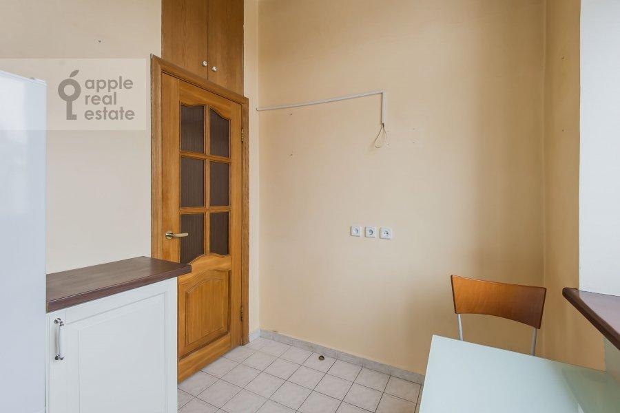 Kitchen of the 3-room apartment at Frunzenskaya nab. 38/1