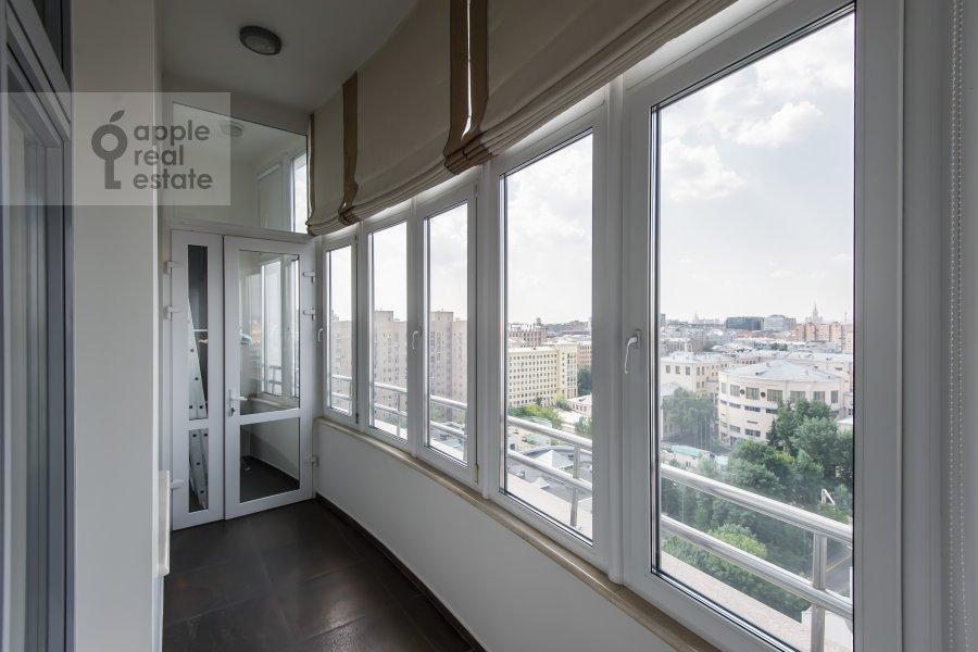 Балкон / Терраса / Лоджия в 4-комнатной квартире по адресу Весковский туп. 3