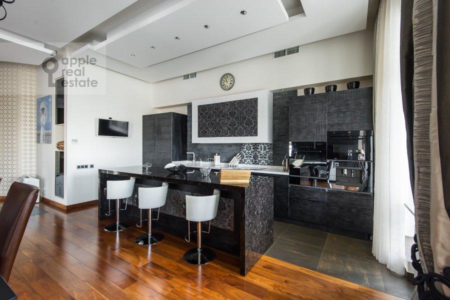 Кухня в 4-комнатной квартире по адресу Весковский туп. 3