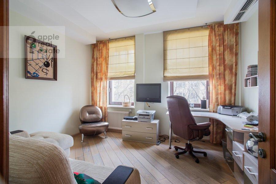 Детская комната / Кабинет в 4-комнатной квартире по адресу Палашевский Большой пер. 1с2