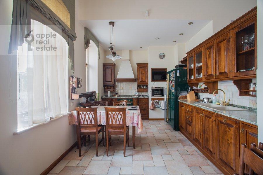 Kitchen of the 4-room apartment at Palashevskiy Bol'shoy per. 1s2