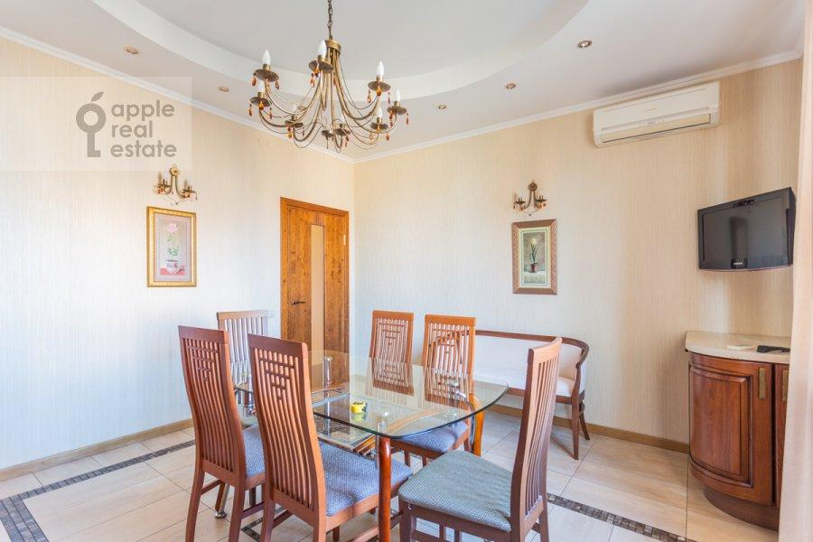 Кухня в 2-комнатной квартире по адресу Протопоповский пер. 17с2