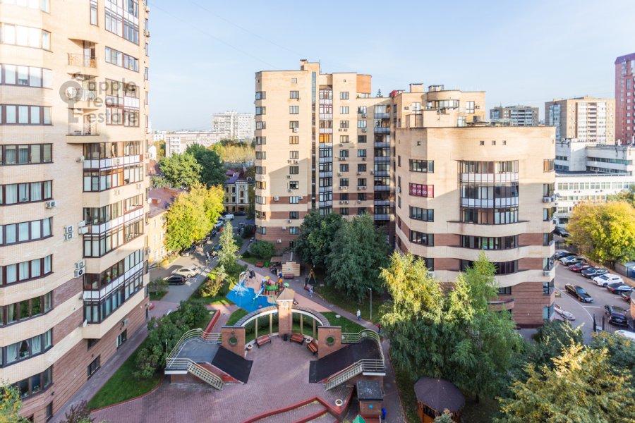 Вид из окна в 2-комнатной квартире по адресу Протопоповский пер. 17с2