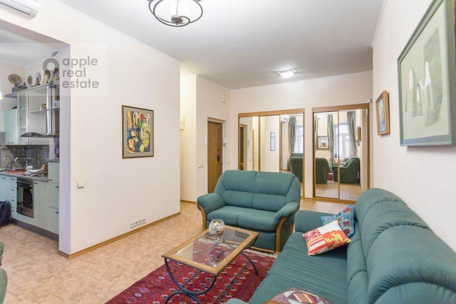 Гостиная в 3-комнатной квартире по адресу Макаренко ул. 1/19
