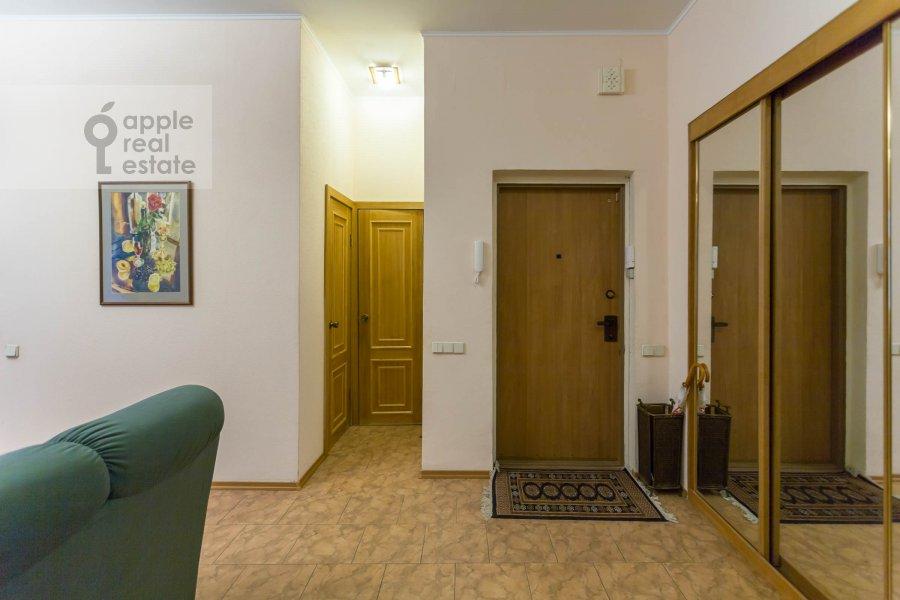 Коридор в 3-комнатной квартире по адресу Макаренко ул. 1/19