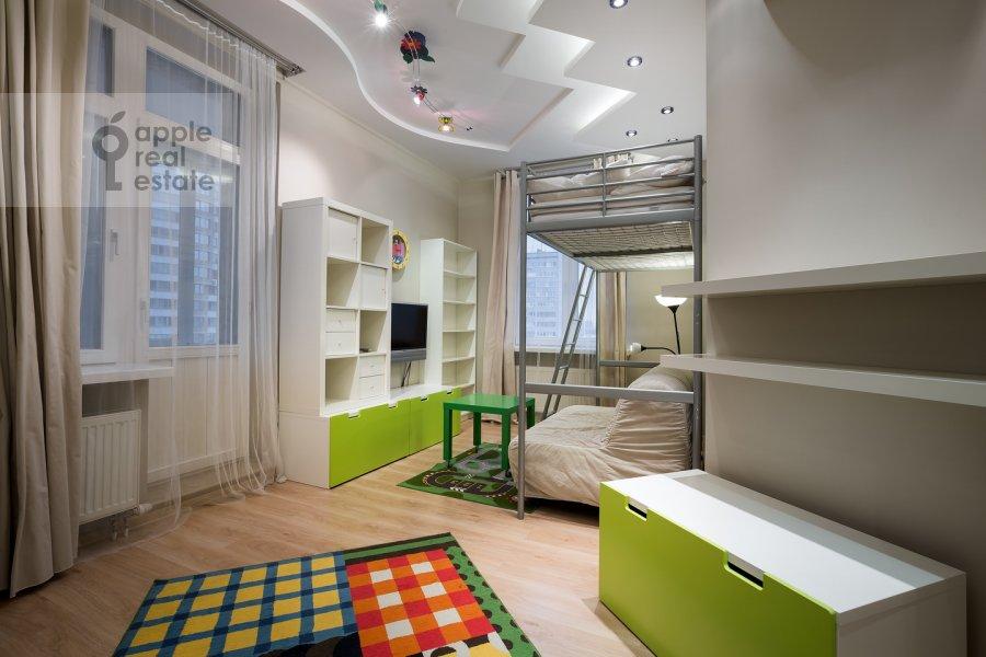 Детская комната / Кабинет в 4-комнатной квартире по адресу Ленинский пр-т. 98к1
