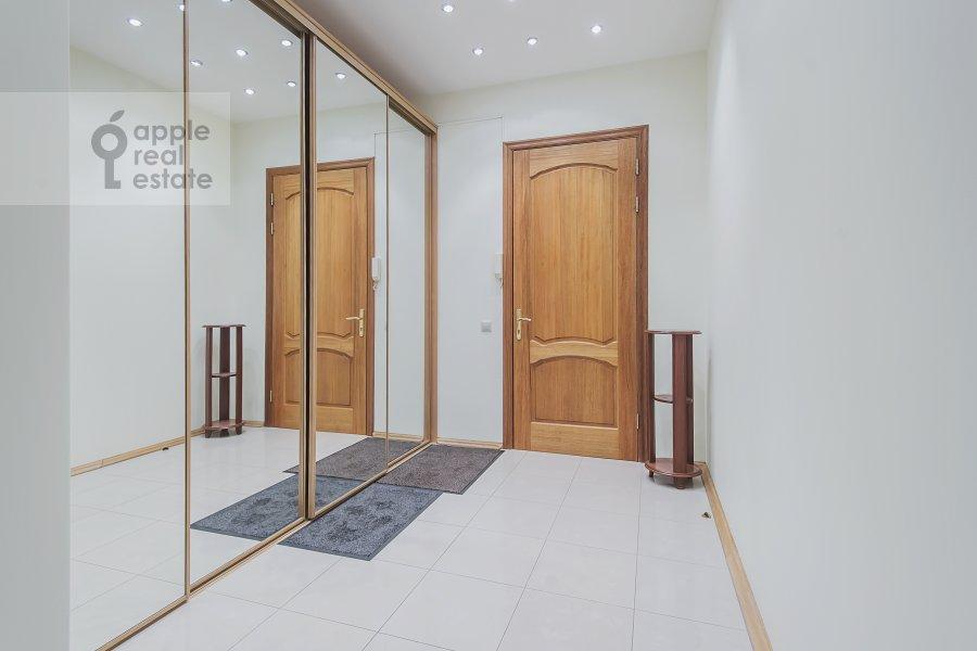 Коридор в 3-комнатной квартире по адресу Леонтьевский пер. 6с2