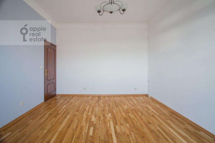 Спальня в 3-комнатной квартире по адресу Тверской бульвар 16с5