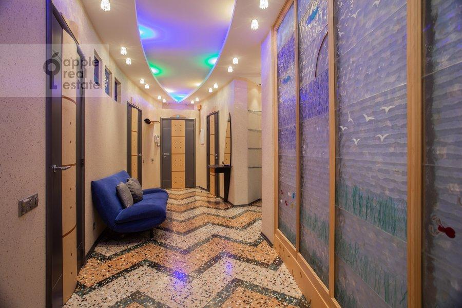 Corridor of the 4-room apartment at Zvenigorodskaya ulitsa 7