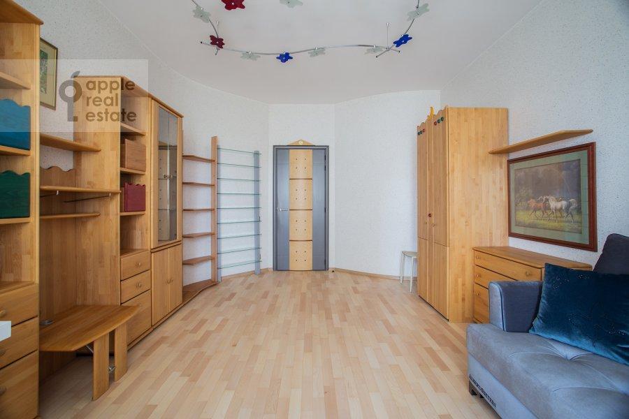 Children's room / Cabinet of the 4-room apartment at Zvenigorodskaya ul. 7