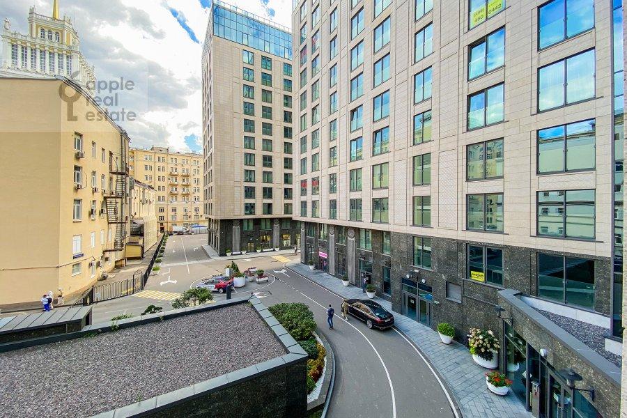 View from the window of the 2-room apartment at Bol'shaya Sadovaya ulitsa 5k1